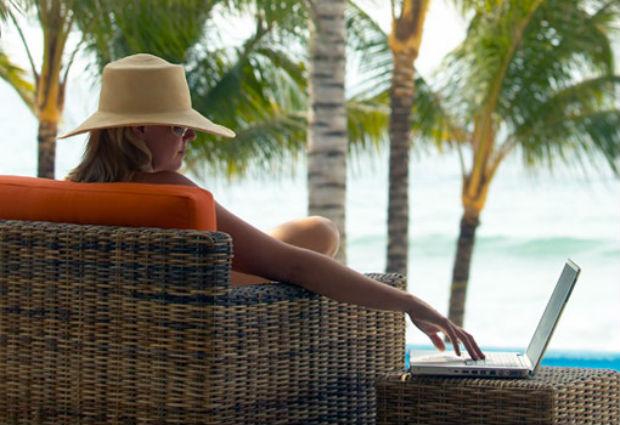 Ordenadores e información: qué hacer antes de irse de vacaciones