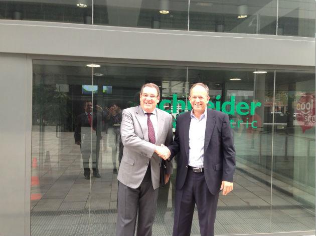 Schneider Electric firma un convenio de colaboración con el Instituto Tecnológico Hotelero