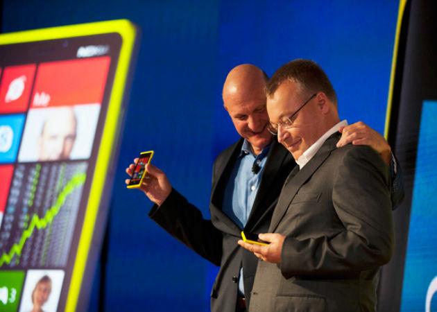Microsoft y Nokia, qué ganan, qué pierden
