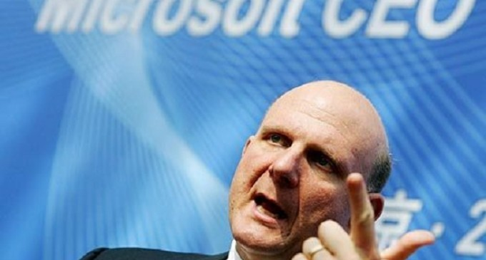 Ballmer infunde optimismo frente a los analistas financieros