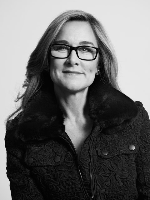 Apple contrata a Angela Ahrendts, CEO de Buberry