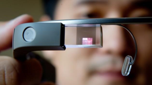 """El mercado de las """"gafas inteligentes"""" podría ahorrar a las empresas 1.000 millones de dólares"""