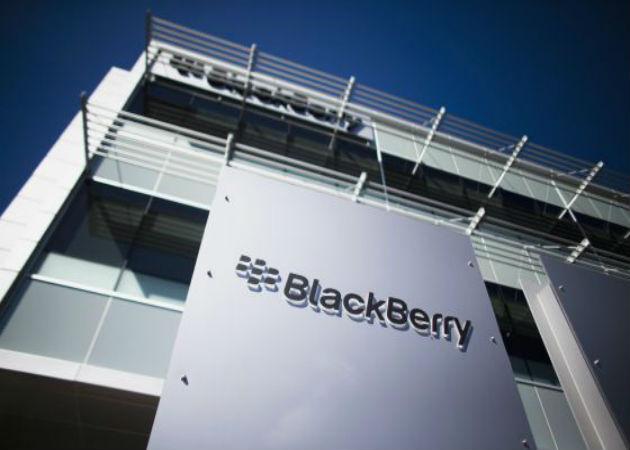 Las ventas de BlackBerry caen un 64%