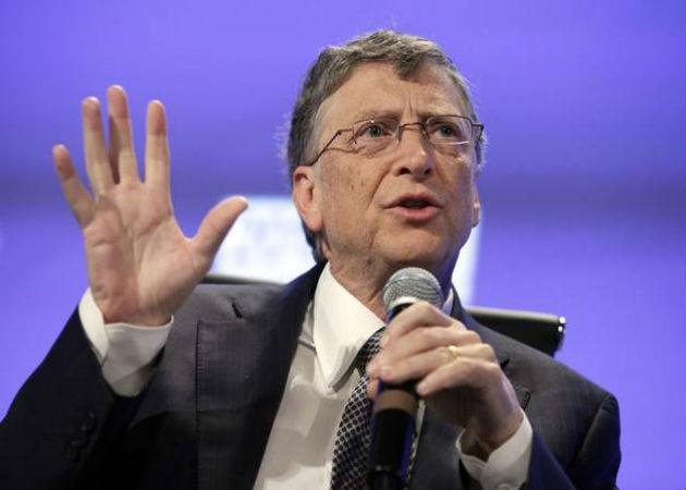 Bill Gates asegura que en 20 años la tecnología va a reducir los puestos de trabajo de base