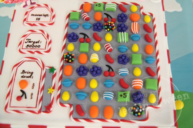 top-view-of-candy-crush-cake