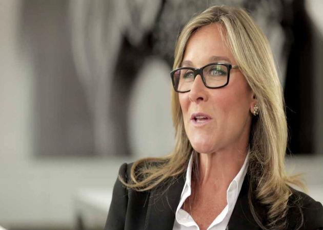 La hasta ahora CEO de Burberry será la nueva directora de Retail de Apple