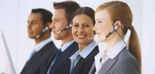 El personal de atención al público no dispone de la tecnología necesaria para satisfacer a los clientes