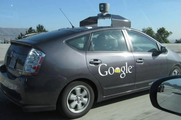 Google explica que las pruebas de su coche autónomo se centrarán en las ciudades