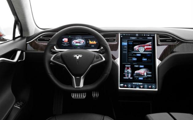 Uber y Tesla se asocian en Shanghai