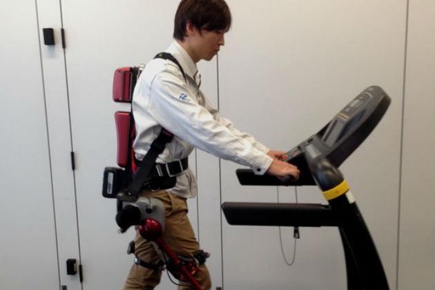 Panasonic quiere lanzar robots wearables en 2015