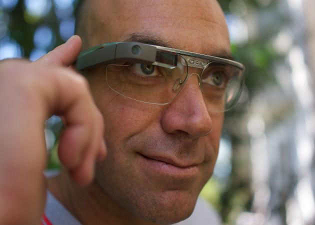 Amazon contrata al ingeniero que dirigió el proyecto de Google Glass