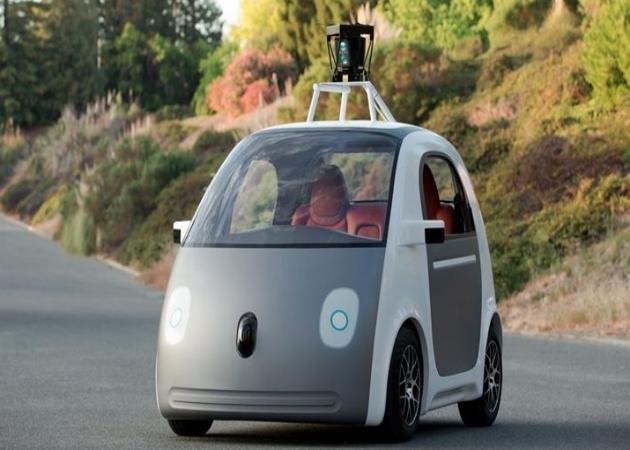 El coche autónomo de Google tendrá volante y pedales para cumplir con la ley