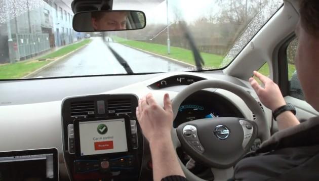 Reino Unido permitirá la circulación de coches autónomos en 2015