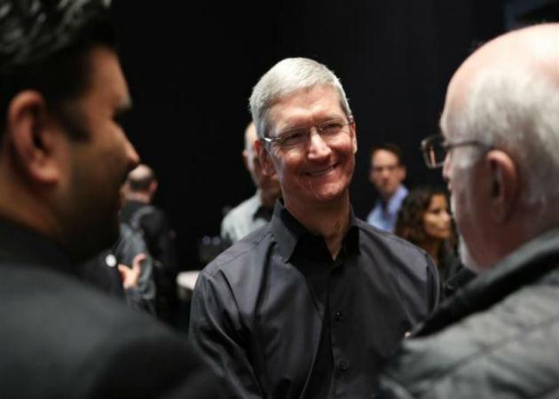 Tim Cook asegura que Apple no lee los mensajes de los usuarios