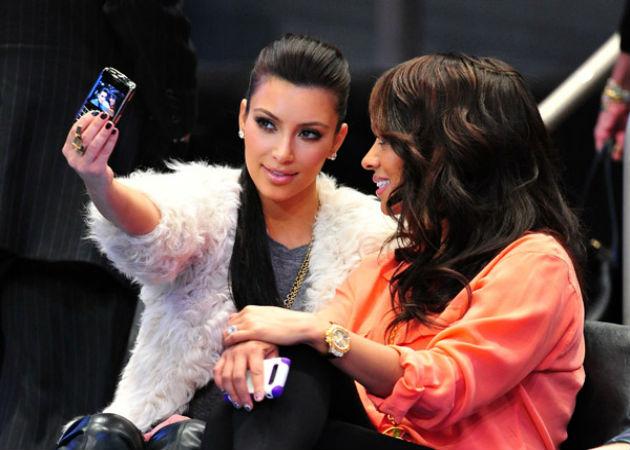 ¿Comprará Kim Kardashian BlackBerry?