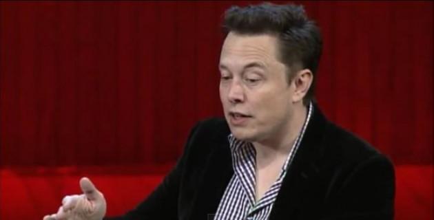 Elon Musk compara la inteligencia artificial con invocar demonios