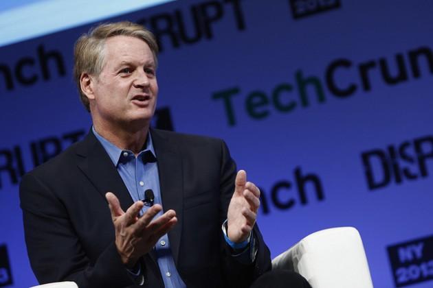 El CEO de eBay recibiría un paquete de 23 millones de dólares en acciones