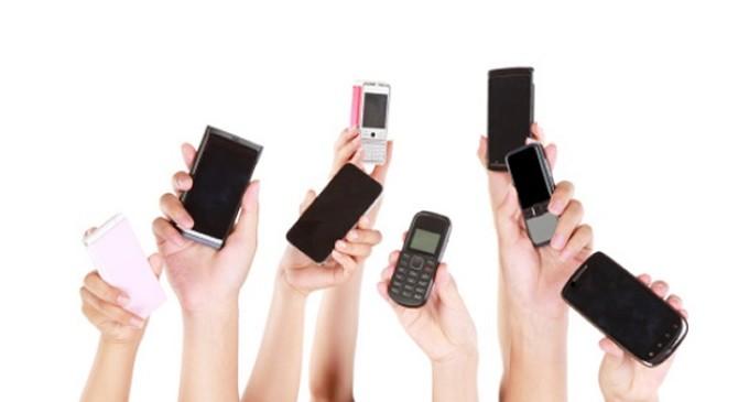 OCU denuncia a 24 marcas de móviles y 16 tabletas por publicidad engañosa