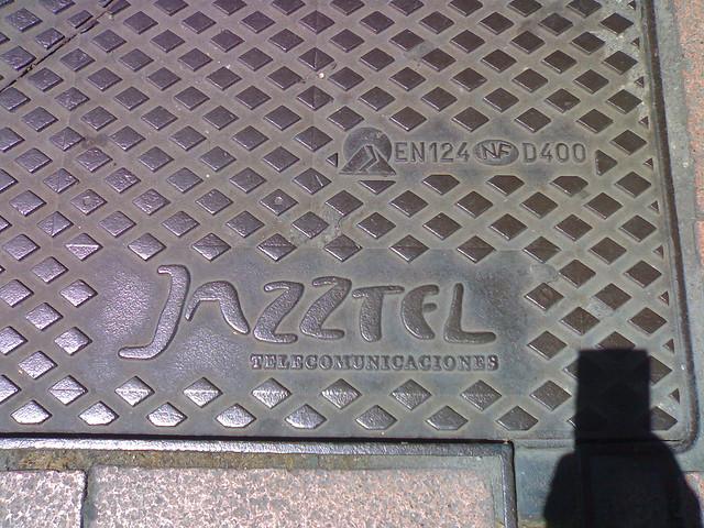 La Comisión decide continuar la investigación de la fusión entre Orange y Jazztel