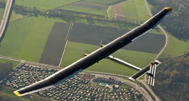 El primer avión solar dará la vuelta al mundo