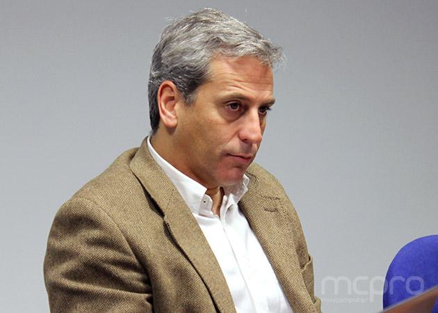 """Emilio Paz, de Microsoft: """"Hay que comenzar la migración a Windows Server 2012"""""""