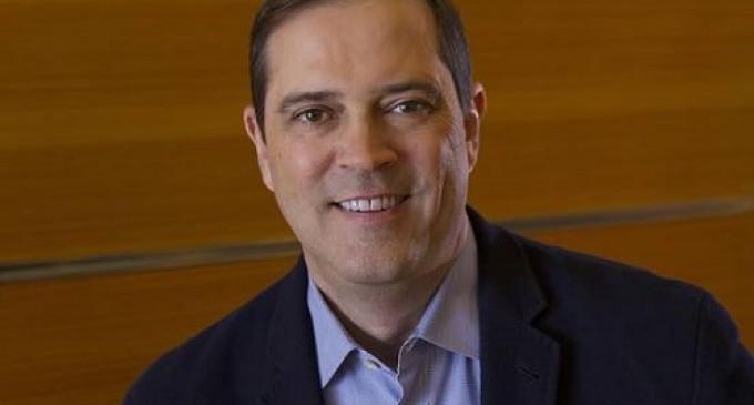 Cisco ya tiene sustituto para Chambers: Chuck Robbins