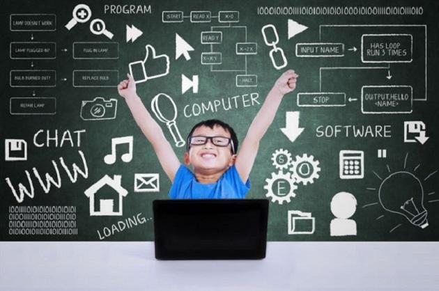 Niños programando