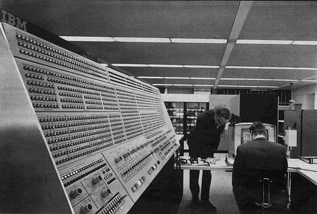 Fallece Gene Amdahl, diseñador histórico de IBM que rivalizó con la compañía