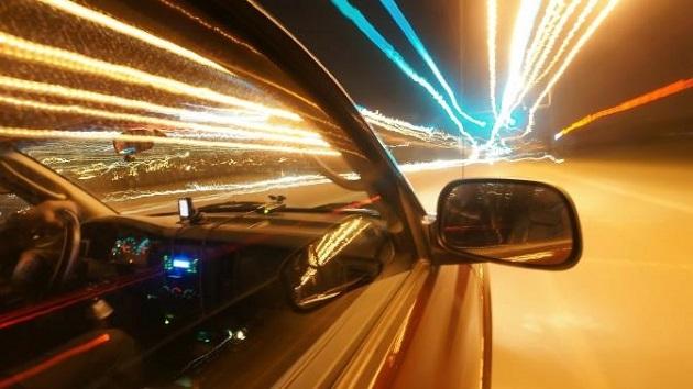 Beneficios que la última tecnología de voz puede aportarte mientras conduces