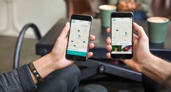 Softbank valora invertir en el sector del coche compartido en Estados Unidos: Uber o Lyft