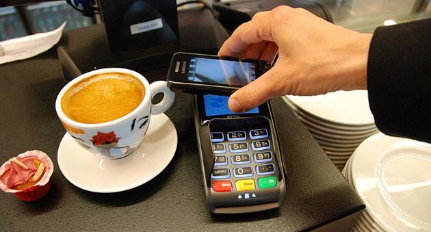 Gartner: el 50% de los usuarios empleará smartphones y wearables para pagar en 2018