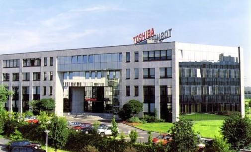 Toshiba podría vender su división de PCs a Fujitsu