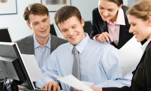 Oracle: Los compañeros son los que inciden más positivamente sobre el compromiso en el trabajo