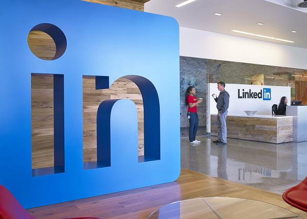 LinkedIn compra Connectifier