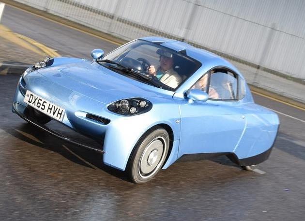 Primer coche batería hidrógeno Barcelona 2