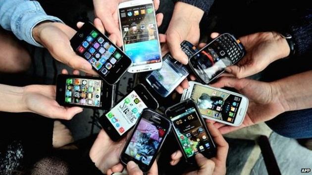 Los smartphones de alta gama se encarecen un 20% en cinco años