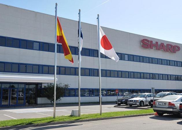 Foxconn ahora ofrece por Sharp sólo 900 millones