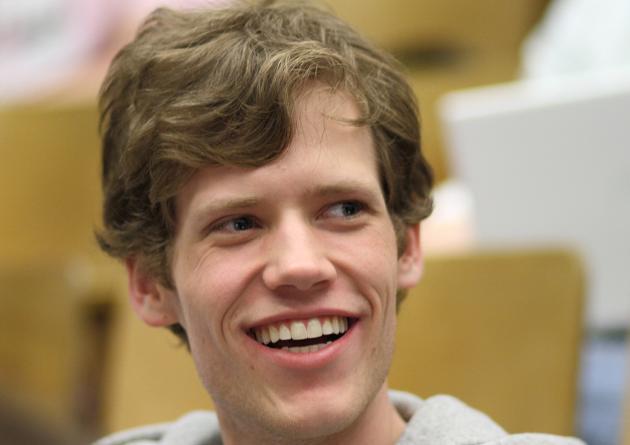 Google contrata al fundador de 4chan