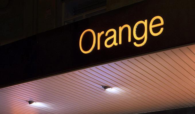 Orange adquiere Groupama