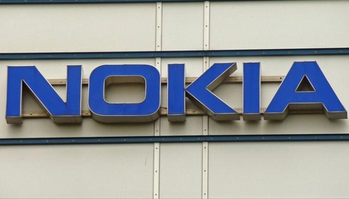 Nokia sigue comprando a pesar de los despidos