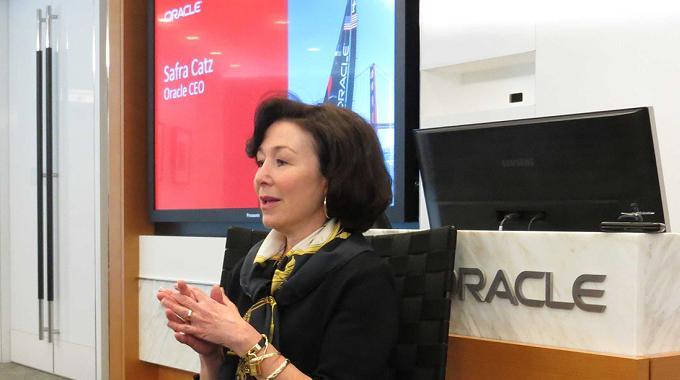 Oracle y la Casa Blanca se unen para ayudar a las mujeres