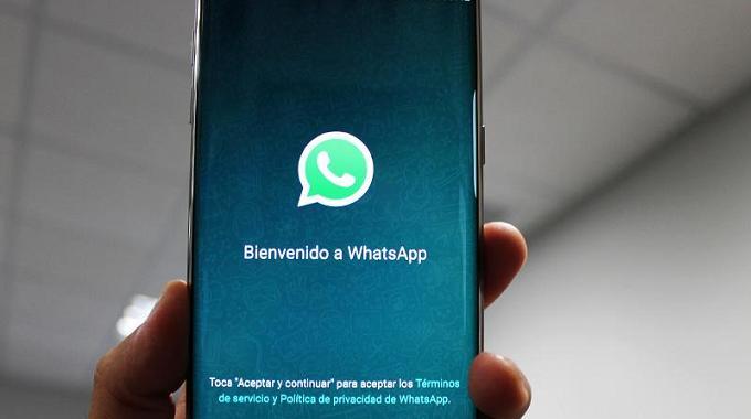 La UE investigará la cesión de datos de usuarios de WhatsApp a Facebook