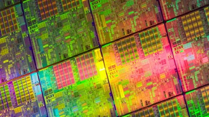 10 nanómetros