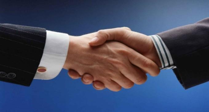 Microsoft y Adobe estrechan lazos con un acuerdo que refuerza Teams y Sign