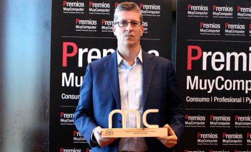 """Premio MC 2016 """"Integración de la Inteligencia Artificial en el negocio"""": Salesforce Einstein"""