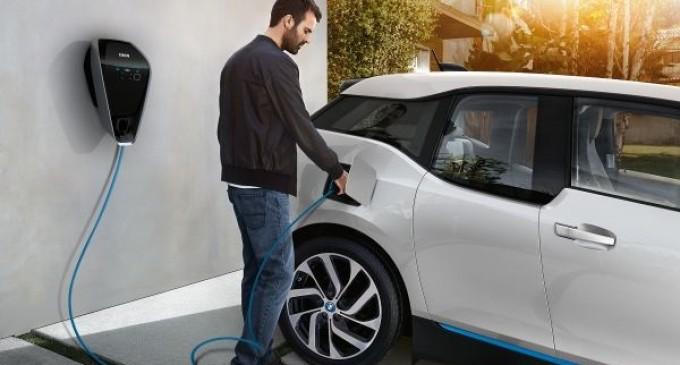 Toyota descubre un sistema que alarga la autonomía de las baterías de los coches eléctricos