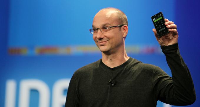 Amazon y Tencent invierten en Essential, el smartphone del creador de Android