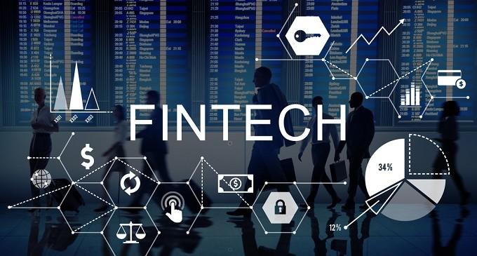 Seis de cada diez bancos, abiertos a establecer alianzas con empresas 'fintech'