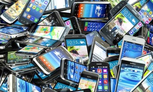 El precio de los móviles baja hasta un 60% tras dos años en el mercado