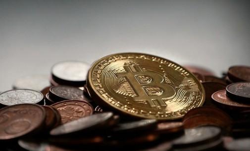 El bitcoin ya vale 2.409 dólares